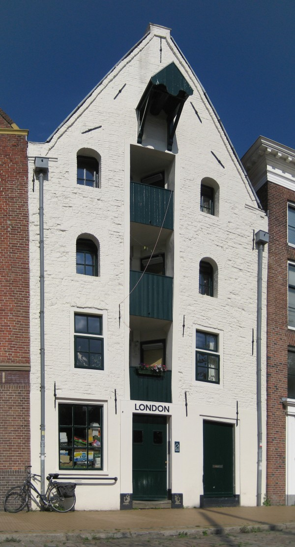 Voormalig pakhuis London aan de Hoge der A, Groningen